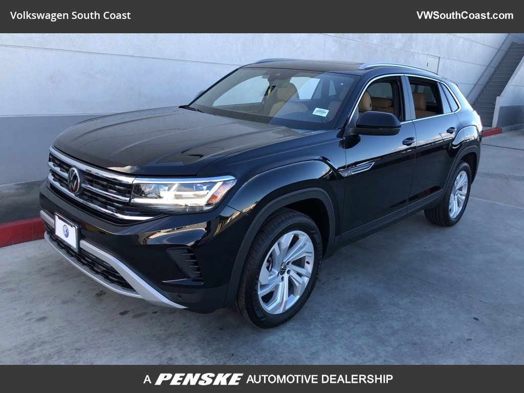 New 2020 Volkswagen Atlas Cross Sport V6 SEL